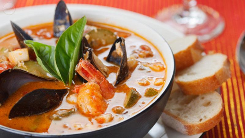 Italian-Sceff-Brodetto-di-pesce
