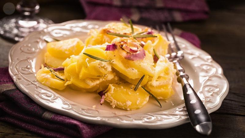 Italian-Sceff-calabria-Patate-mpacchiuse