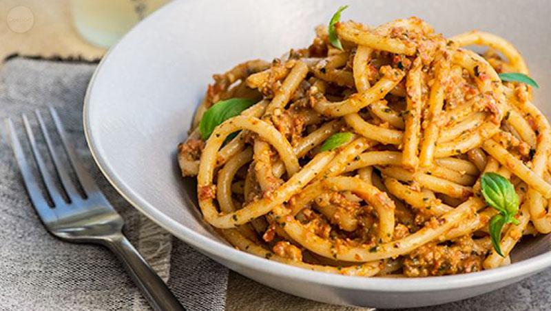 Italian-Sceff-sicilia-Busiati-con-l-Agghia-Pistata